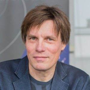Profile photo of Roland Schmehl